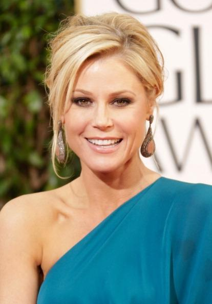 Neutrogena Brings Back Julie Bowen